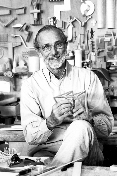 """Renzo Piano, Architect. Renzo Piano was bom into a family of builders in Genoa, Italy in 1937. Architecture critic Nicolai Ouroussoff said of Piano's works that the """"...serenity of his best buildings can almost make you believe that we live in a civilized world.""""    In 2006, Piano was selected by TIME as one of the 100 most influential people in the world."""
