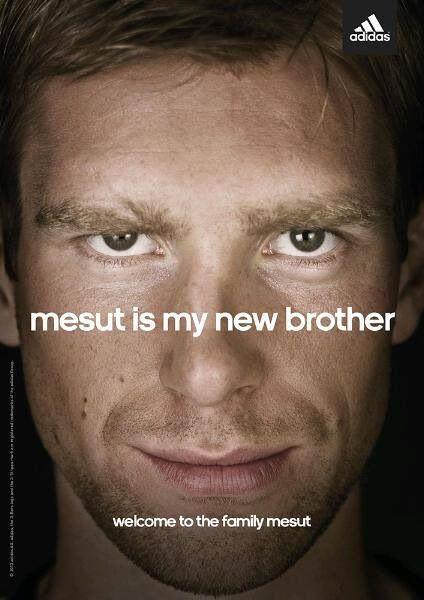 حد يفك اوزيل من اخووووه الجديد يا نااس !!! #Arsenal #ارسنال