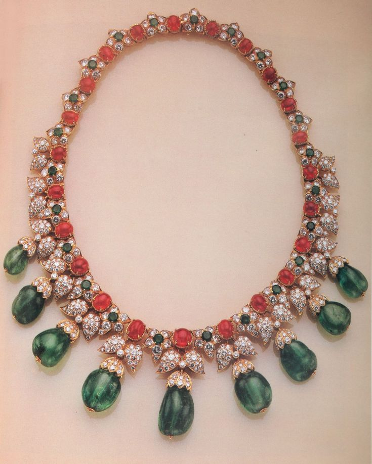 Van Cleef & Arpels Indian Style Diamond Emerald Ruby Necklace 1960