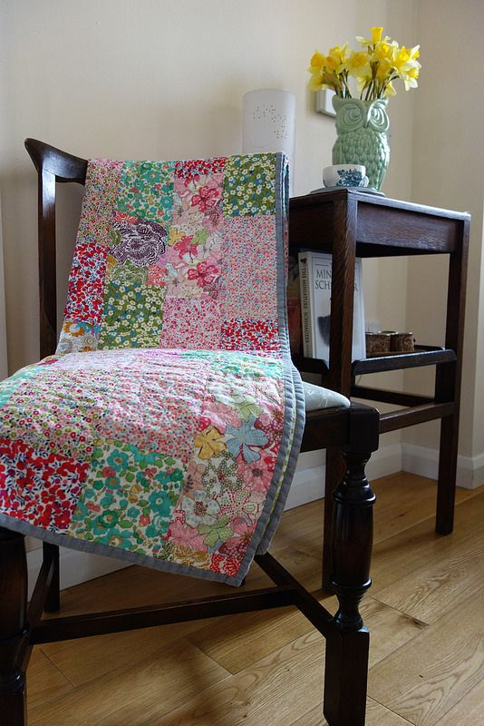 THIS GREY BINDING WOULD BE CUTE TOO ON MY PINK SHEET QUILT Liberty quilt