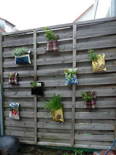 Interesting gardening ideas, great for herbs!