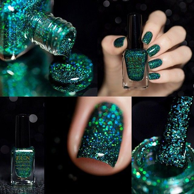 Holiday nails: Emerald green holographic glitter nail polish