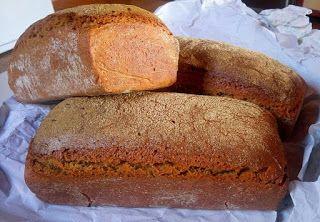 Fermente Mutfağım: Ekşi Mayalı Siyez Unu Ekmeği