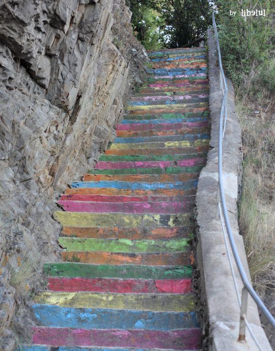 Rainbow stairs Plage des Godins- Bretagne