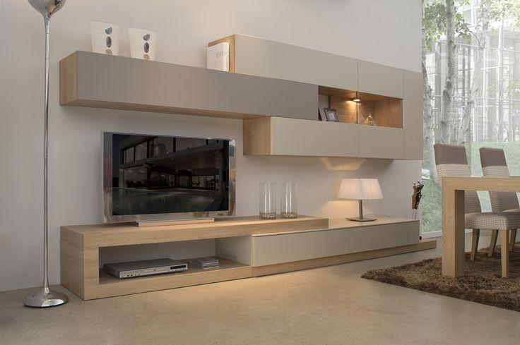 Mueble de salón de 320 cm de largo y 45 cm de fondo. Proponemos la combinación de los acabados roble vainilla, con hueso y cemento mate.