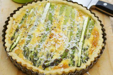 Asparagus and pecorino tart