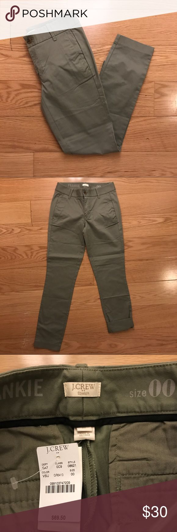NWT J. Crew Olive Chinos Brand new! J. Crew Factory olive green chinos. Ankle pants with a slim fit. Size 00 J. Crew Factory Pants Ankle & Cropped