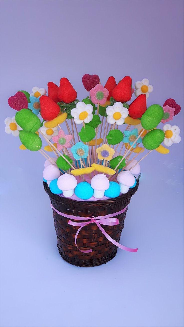 Colgante de cesta de flor Trifari vintage