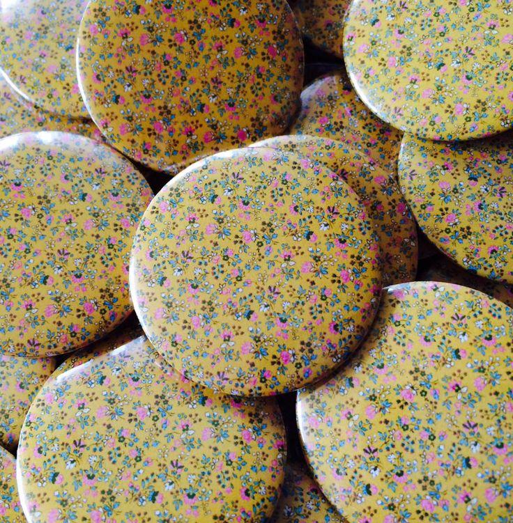 "Quickbadge on Twitter: ""#badges #magnets #stickers #keyrings #lapel #pins #button #birthday #wedding #favours #SaveTheDate #uksmallbiz  https://t.co/zmsZrdpH6W"""