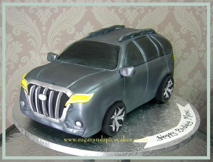 Prado Land Cruiser Car Cake by Mel_SugarandSpiceCakes
