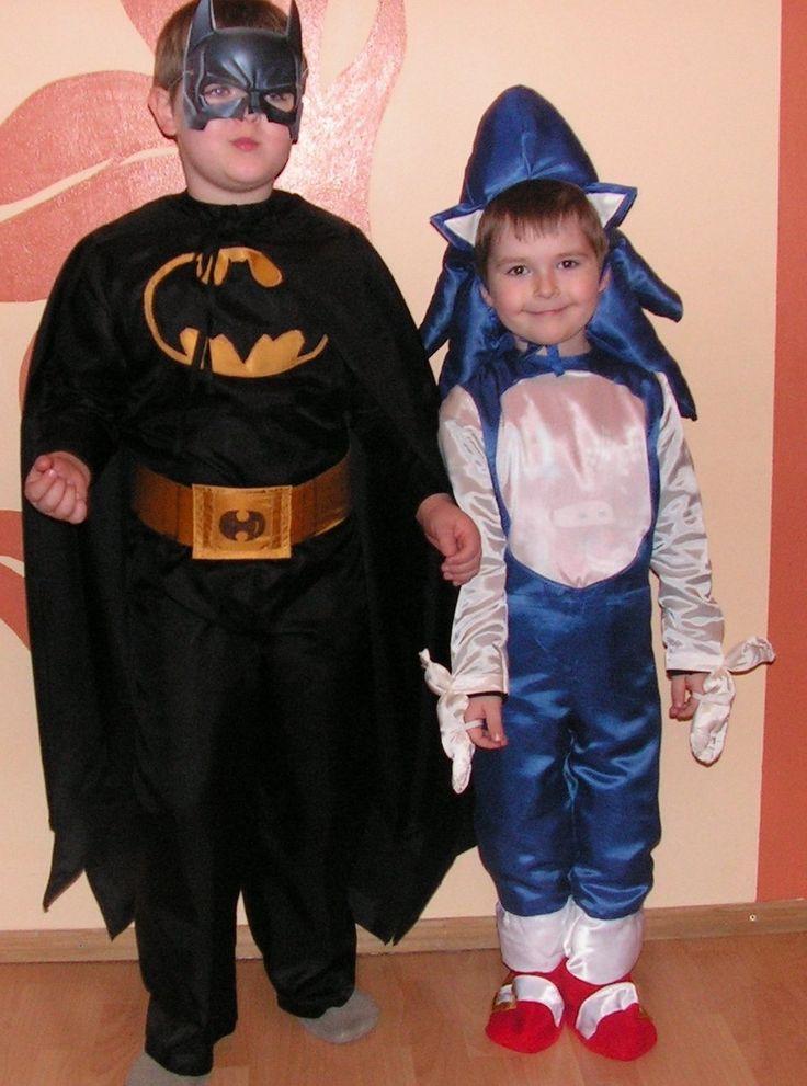 stroje Batman i SonicX - wykrój własny