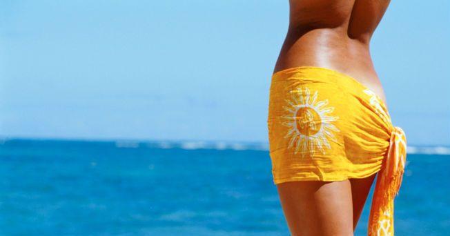 Los centímetros de más en tu cintura son una señal incuestionable de que llevas una vida sedentaria, acompañada de una mala alimentación. Afortunadamente, no todo está perdido y aún estás a tiempo de recuperar esa cintura de avispa con la que invariablemente has soñado, siempre y cuando cumplas al pie de la letra una rutina de ejercicios específicos para esta zona del cuerpo y sigas una dieta balanceada.Rutina de ejerciciosLa cintura es la zona donde con mayor facilidad suele acumularse el…