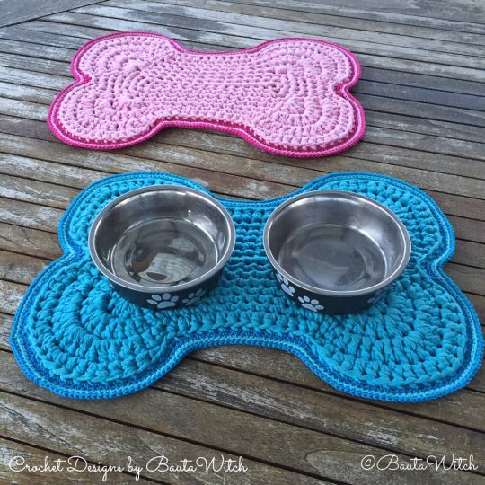 """Such a lovely idea. Dog lovers will understand :) The pattern is in Swedish but there are many progress pictures and you can also use a """"translate"""" button on @BautaWitch blog."""
