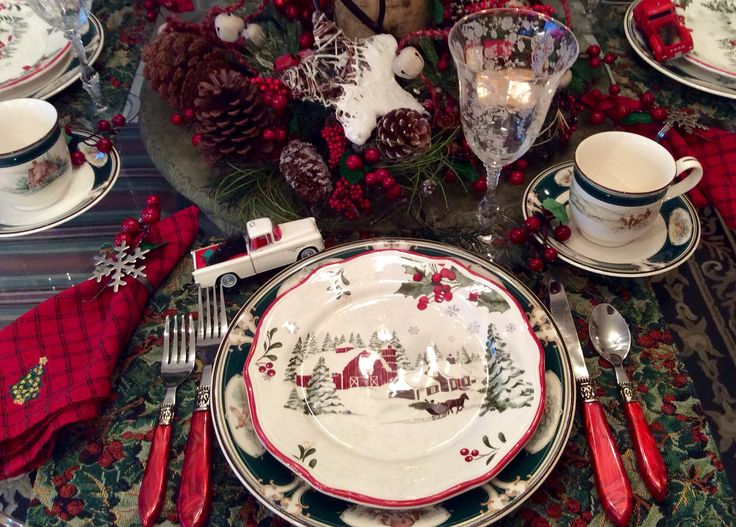 Was surprised and really pleased to see how well the new red barn plates from Walmart. Christmas ... & 187 best Favorite Tableware images on Pinterest