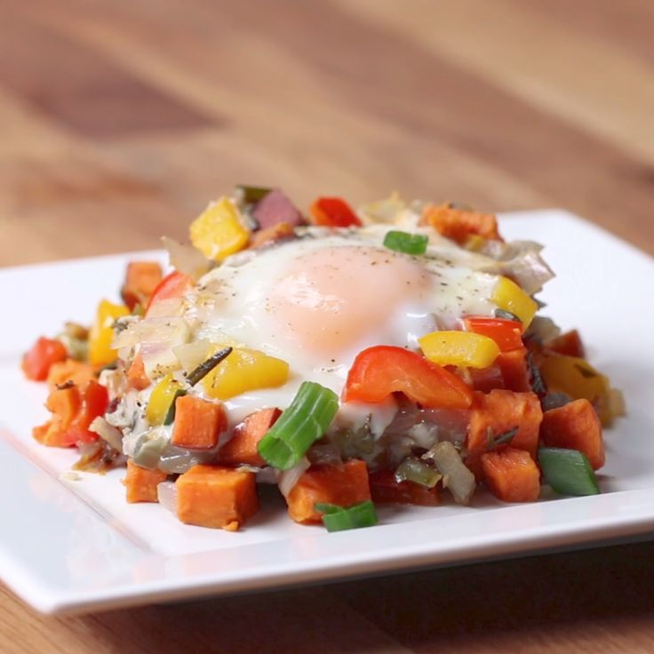 One-Pan Sweet Potato Breakfast Hash See more http://recipesheaven.com/paleo
