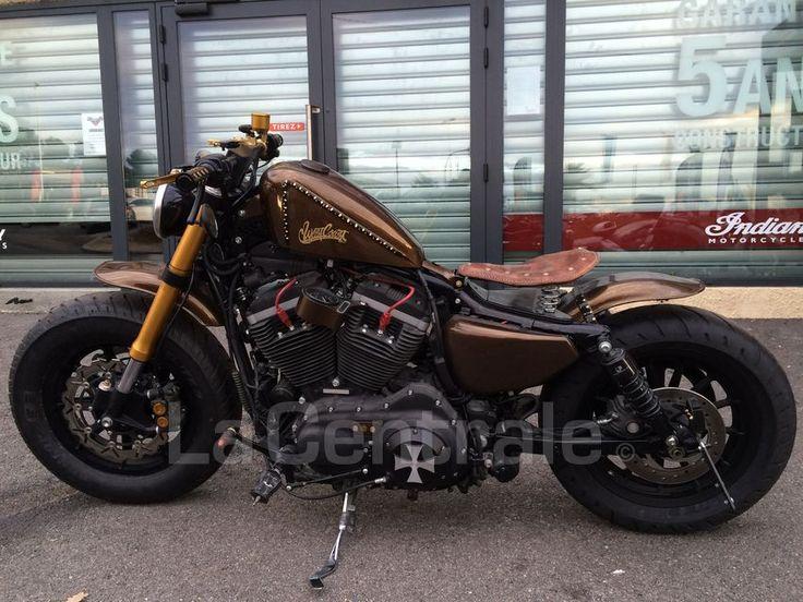 HARLEY DAVIDSON SPORTSTER 883 occasion - Mougins - Alpes-Maritimes 06 - Custom 883 cc