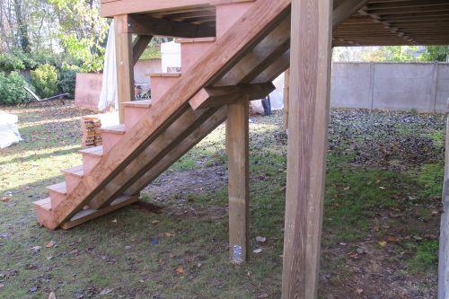 17 best ideas about escalier exterieur bois on pinterest for Monter une terrasse en bois