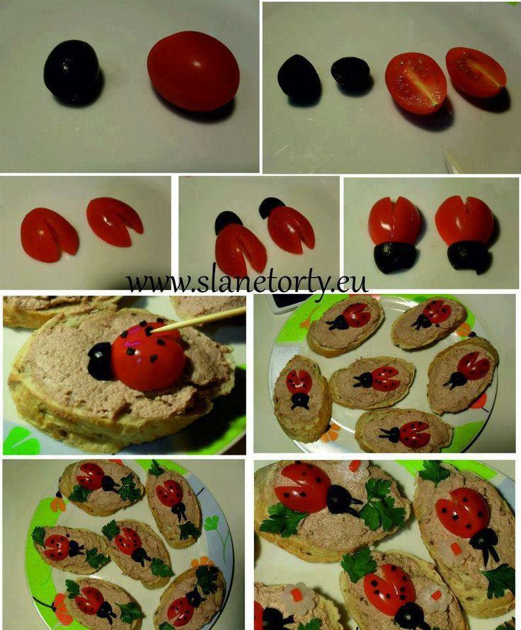 beruškové chlebíčky