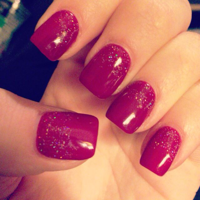 Short square nails... Perfect for the holidays!! Love them
