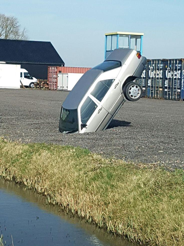 Dat je bij je auto aankomt en hem zo aantreft. Haha dat wordt even Apeldoorn bellen...