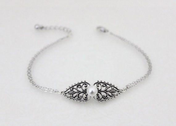 Silver bangle bracelet Vintage bangle bracelet by treasures570