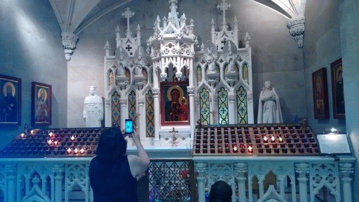 St. Patrick's Cathedral - Orando