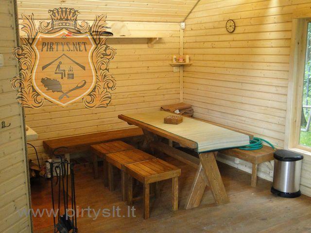 http://www.pirtyslt.lt/ Mediniai baldai