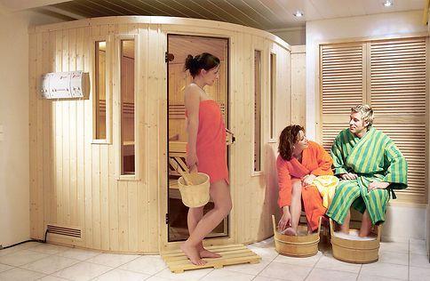 Entspannen im eigenen Heim: Mit einem Bausatz kannst du deine eigene Sauna selbst bauen.