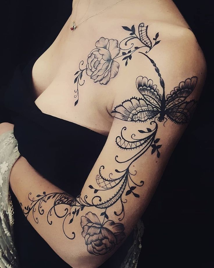 lace tattoo ideas © tattoo artist Alex Labeguerie ???