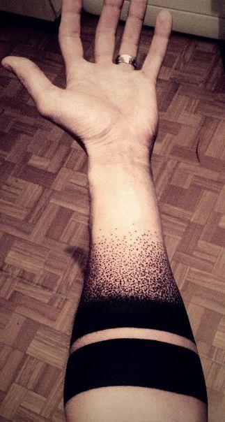 Black Lines Gradoint Dots Blackwork tattoo