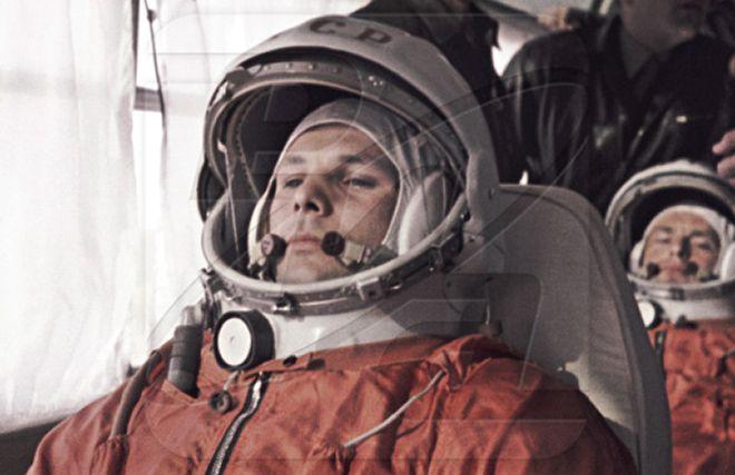 Soviet Space Propaganda- Doctored Cosmonaut Photos | David Reneke | Space and Astronomy News