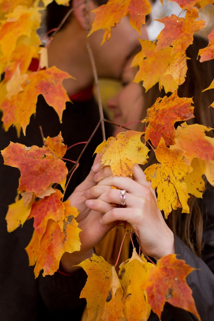Love Life From Scratch  Fall Engagement Photo Idea