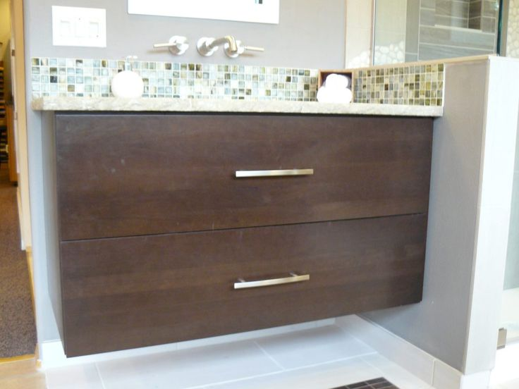 24 Inch Bathroom Vanity Cabinet Without TopBest 25  24 inch vanity ideas on Pinterest   24 bathroom vanity  . 24 Bathroom Vanity Without Top. Home Design Ideas