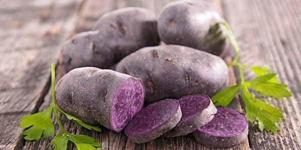 Patate viola: le fantastiche proprietà e come cucinarle per valorizzare i benefici