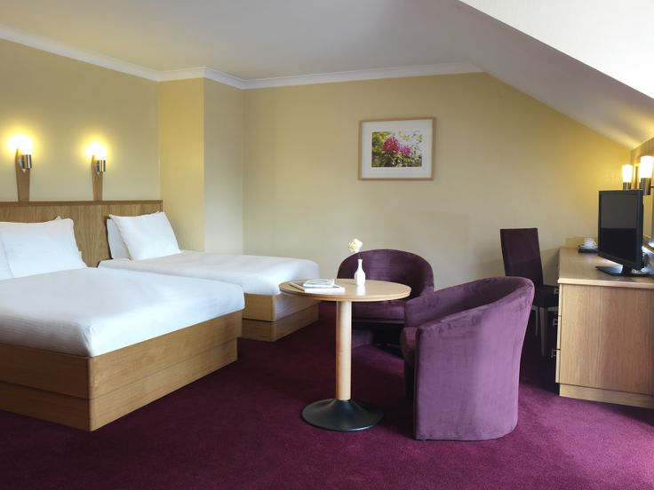 Clayton Hotel Dublin Airport- Bedroom