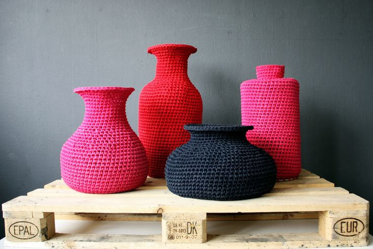 Crocheted Ming vases, starched with sugar. Four shapes, university works, 2011. Work has been shown in DMY Berlin 2011 and Cheoungju Craft Biennale 2011. Photo by ChoRong Baek.