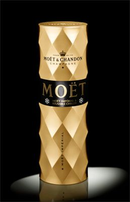Moet & Chandon NV Chill box set - Limited Edition. The chill box will keep a chilled bottle of Champagne at the correct temperature for two hours. £53.99
