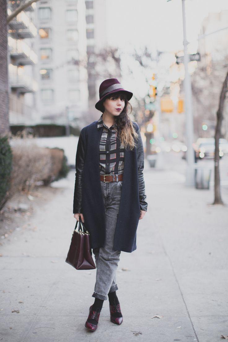 Berenice: blogger paulinefashionblog wearing our leather sleeves & our leather legging coat Berenice #berenice #blog #style #paulinefashionblog #ailes #wings #leathercoat #leather #legging