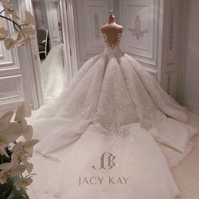Bridal Gowns Kuwait : Best ideas about dubai wedding on message