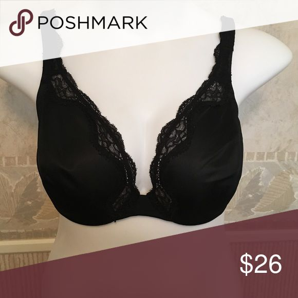 😍 NWOT Olga low cut bra Sexy bra perfect for low cut tops!  This did not fit me properly and I took the tags off so they would not return it. Great for those tops or dresses that you don't want to wear a cami under and ruin the gorgeous deep V!  NWOT. No padding, 38DD. NEVER WORN, smoke free home! Olga Intimates & Sleepwear Bras