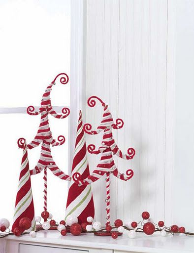 funny christmas decorations | candy-cane-christmas-decor-theme-idea-tree-decoration-easy-craft-diy ...