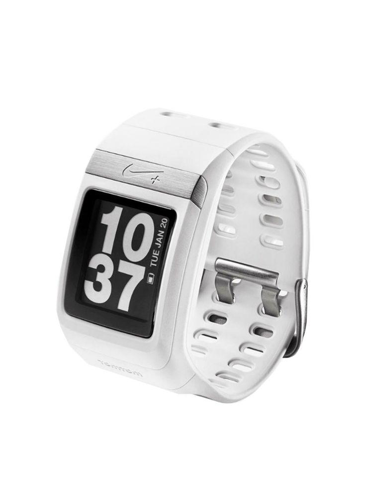 Sportief witgekleurd running horloge Nike+ SportWatch met GPS. De Nike+ SportWatch GPS is een samenwerking tussen TomTom en Nike die de je loopervaring helemaal compleet maakt. Het is gemakkelijk in gebruik, heeft een uniek design en is verbonden met de website nikeplus.com. Met de meegeleverde usb kabel verbind je het horloge aan de computer. De sportband gebruikt GPS data en de Nike+ sensor om je ritme, afstand, tijd, hartslag en verbrande calorieën te berekenen. Stop de meegeleverde…
