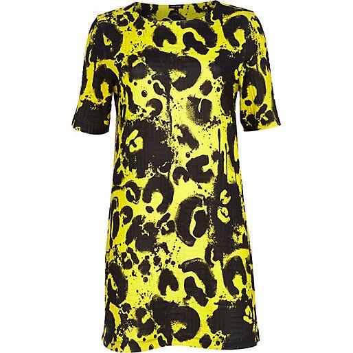 Yellow painted animal print shift dress #riverisland