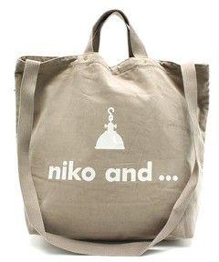 niko and...Women'sのニコロゴ2WAY コーデュロイ【niko and...】(ショルダーバッグ)です。こちらの商品はZOZOTOWNにて通販購入可能です。