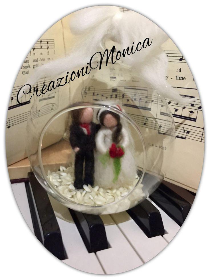 globo di vetro soffiato con sposini, in stile waldorf. Su ordinazione. di CreazioniMonica su Etsy