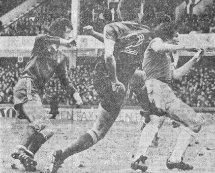 Everton 1 Nottm Forest 1 in April  1979 at Goodison Park. Colin Barrett whips in the equaliser for Forest #Div1