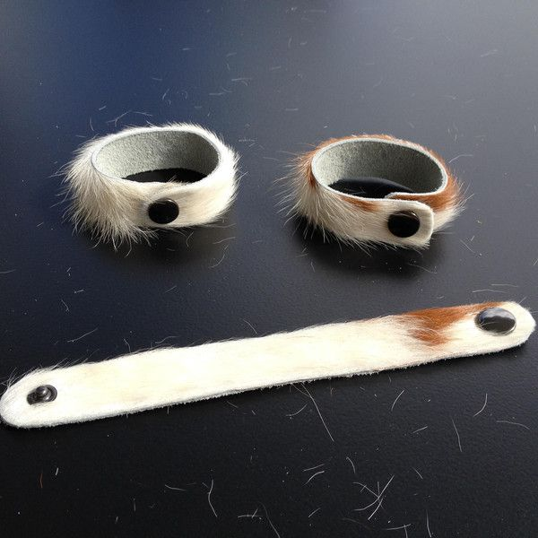 Leder Armband Kuh Fell  von KrebsWelten auf DaWanda.com