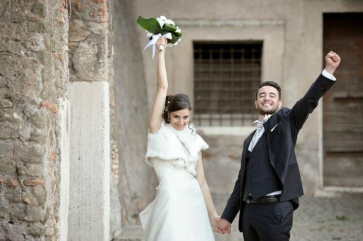 Ritratti di matrimonio spontanei e informali al Parco degli Acquedotti | Informal and candid wedding portrait in Parco degli Acquedotti, Rome