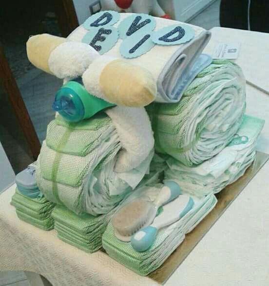 Dorilys' diaper cakes Triciclo di pannolini