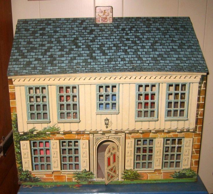 Vintage Metal Dollhouses 23